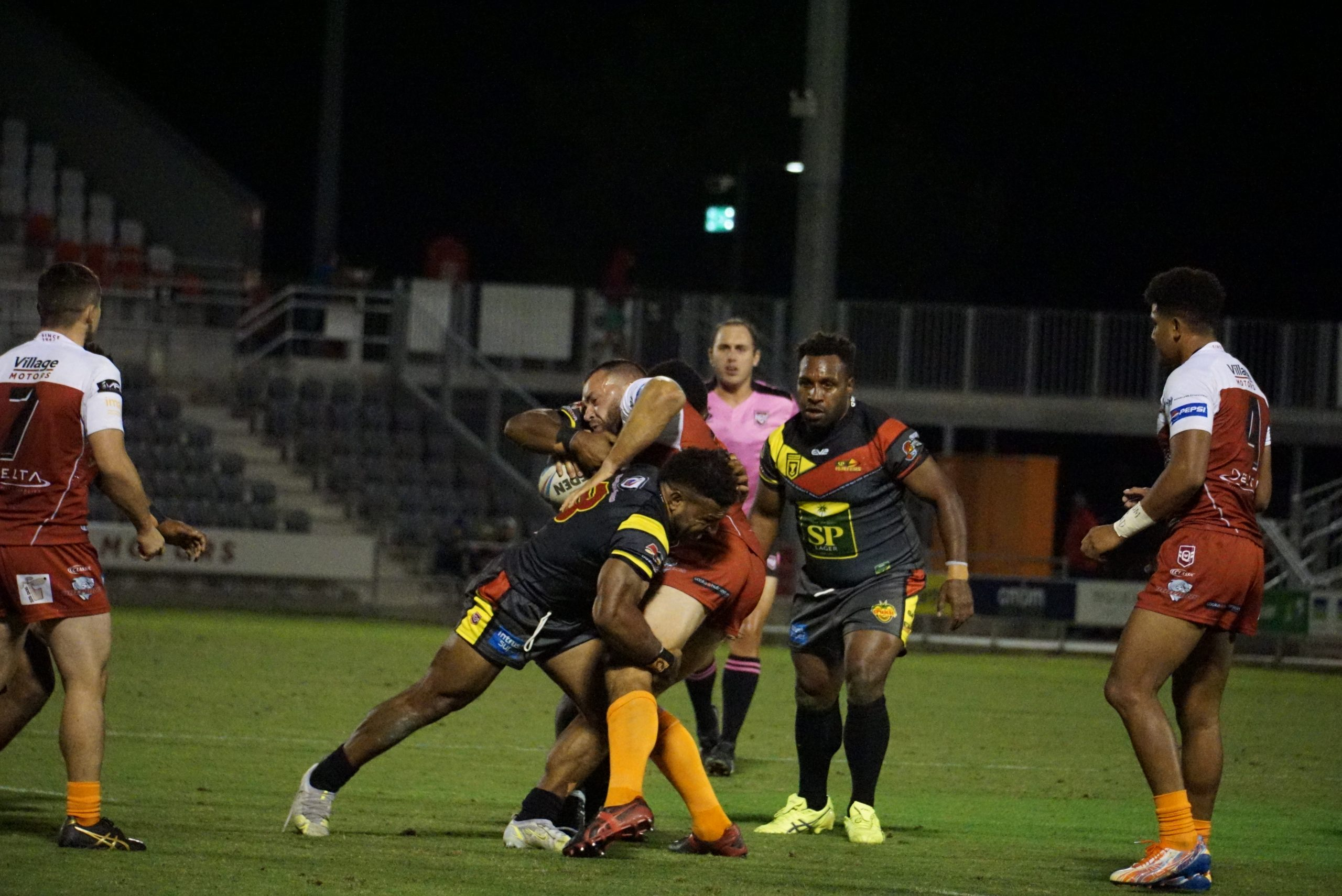 Hunters rally late against Dolphins